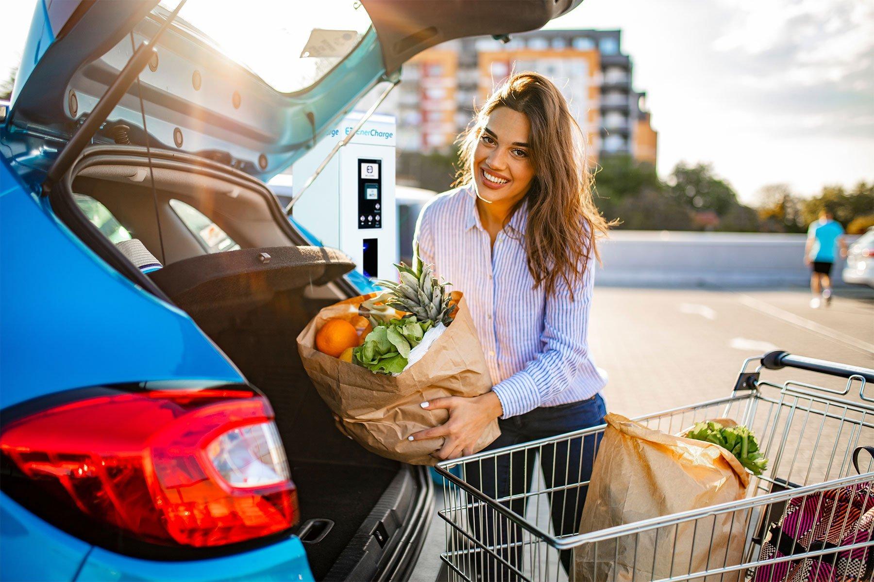 Frau beim Einkauf
